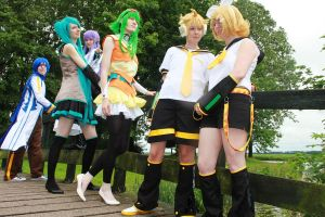 Vocaloid Group shotto by SsBrownie