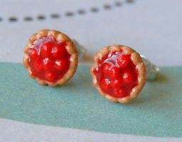 Pie Earrings by Madizzo