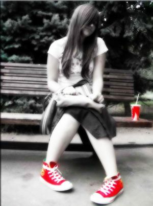 red converse  by Bembie by Bembie - K�rm�z�l� avatarLar ..
