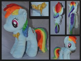 MLP Rainbow Dash Plush by Mlggirl