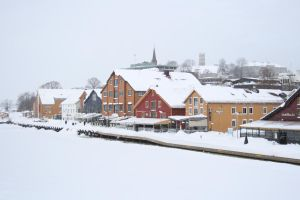 Tonsberg Harbor Winter by elen89