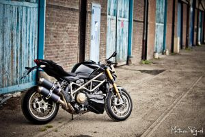Ducati Streetfighter S by Makavelie