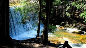 waterfall by pourquoi25