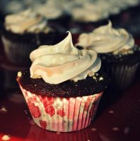 Cupcakes! by MailleQueen
