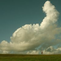 Don't fall,cloud by incredi