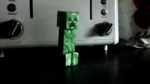 The Humble Creeper by Artifice1221