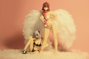 Xmas - Angels - Kriska and Yuka by seviesphere