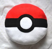 Pokeball Pillow by lemontuned