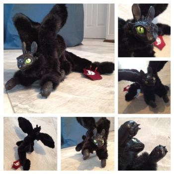 Toothless Art Doll by BANEROT