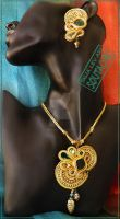 Soutache set earrings and pendant in Gold by caricatalia