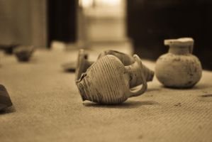 small amphorae by MrSandmanGR