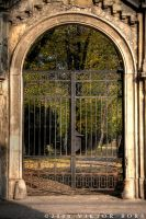 Autums gate by gummaid