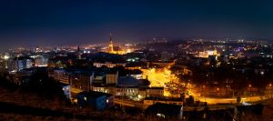 Cluj-Napoca at night by kantzorf