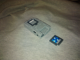 3D Mini GameBoy Perler Beads 2 by Undertakoshi