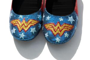 Wonder Woman Glitter Shoes by leighna
