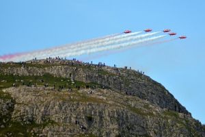 The Red Arrows at Llandudno Air Show 2015 (7) by masimage