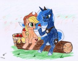 Princess Luna taking a rest with Applejack by Dieihellden
