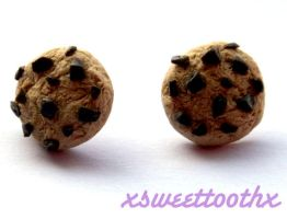 cookie stud earrings by xsweettoothx
