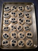 Jack Skellington Cookies! (picture two) by lilmissa103