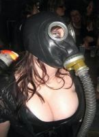 Gas mask hotness by hexhibitionist