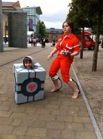 Chell and Companion .. cube by nitebytes