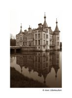 Castle - Reflection by SmoothEyes