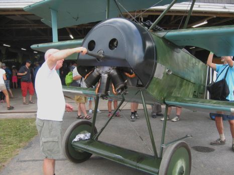 Removing prop from Fokker Dr.I replica (2) by perttime