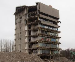 Ruine2 by tiny-tic-tac