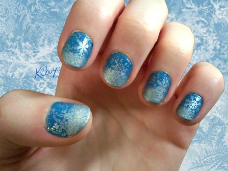 Nail Art Design: Icy Blue by Kebuyo
