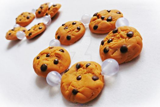 Chocolate Chip Cookie Bracelets by Cateaclysmic