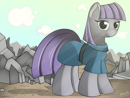 Really Excited Maud Pie by malamol