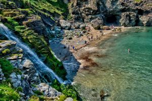 Beach waterfall by forgottenson1