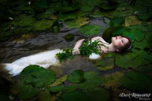 Ophelia by darkromantics