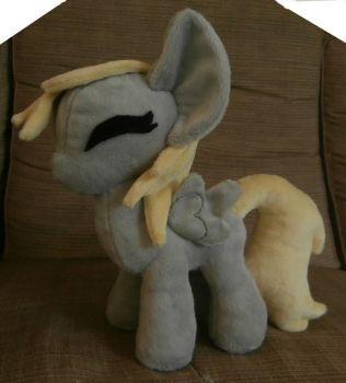 Filly Derpy Hooves plush by Uminohoshi