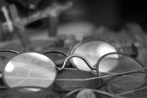 Antique Spectacles BW by houstonryan