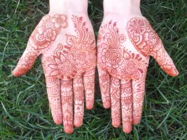 Henna Hands 01 by mahmoore