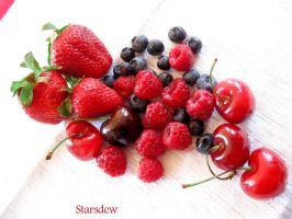 Lovely Summer Fruits by StarsDew