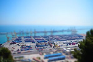 Teeny-Tiny Barcelona #5 by FlyingApplesaucer