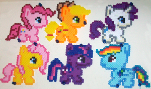 Pony Perlers by jewlecho