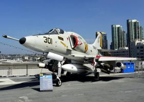 A-4E Skyhawk Midway by shelbs2