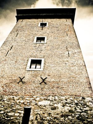 Dubovac tower by leilani-m