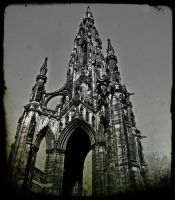 Scottish Monument by Estruda