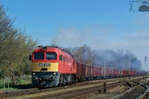 M62 057 with a freight train in Gyorszabadhegy by morpheus880223