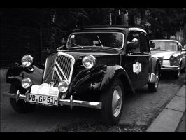 Citroen Traction Avant by XSini