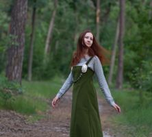 Viking girl with wind in her hair :) by Ryzhervind
