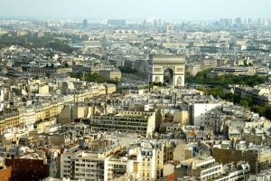 Parisienne view by Lanzie