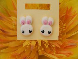 usagi earrings by Libellulina