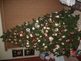 Christmas Tree 09 pt 3 by Ironhold
