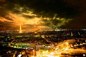 Paris by night by binarymind