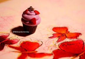 Pink strawberry chocolate cupcake polymer clay by Nelespolymerclay